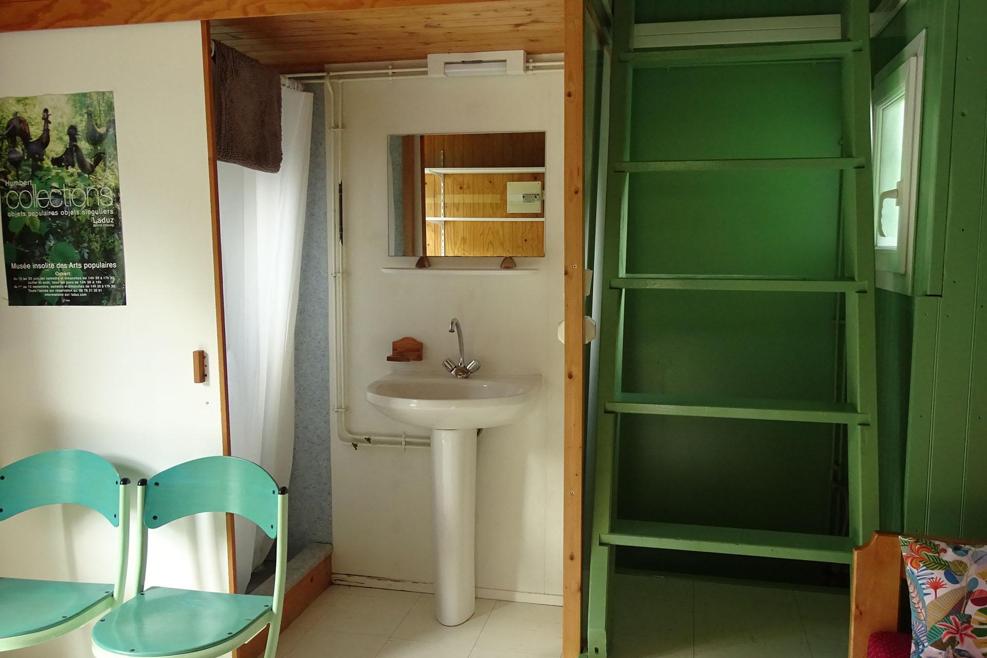 salle de bain chalet location yonne bourgogne 89